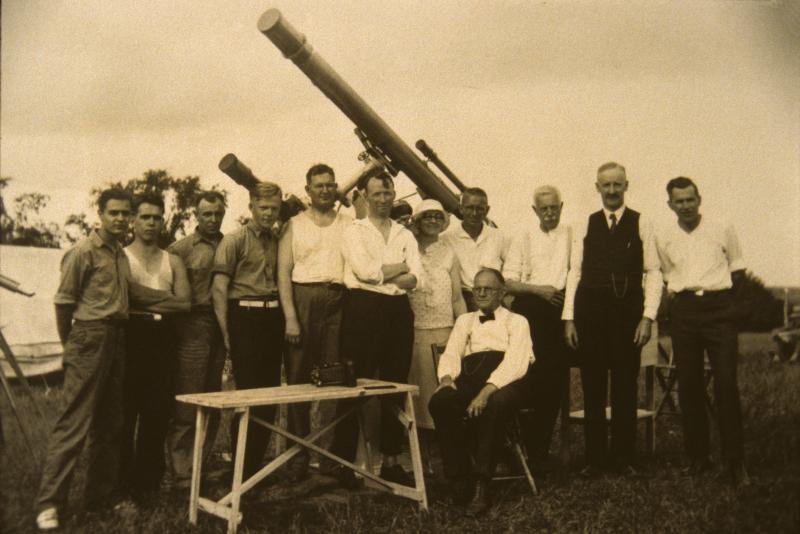 1932 Eclipse #02
