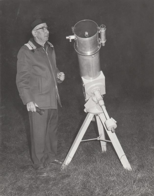 Frank Schneider and Scope